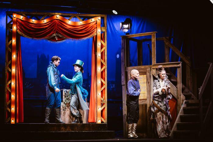 """Juni, Juli, September 2021: """"Romeo & Julia – die Bühne der Welt"""""""